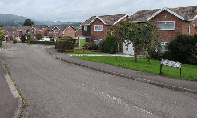 Malford Grove houses, Gilwern