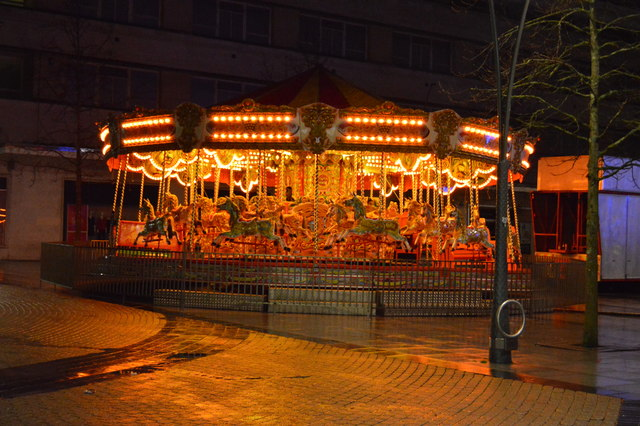 Carousel, Armada Way