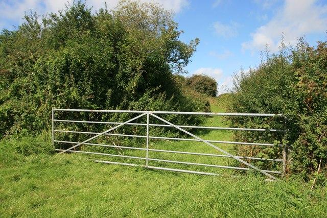 Access to route with public access near North Barn Farm