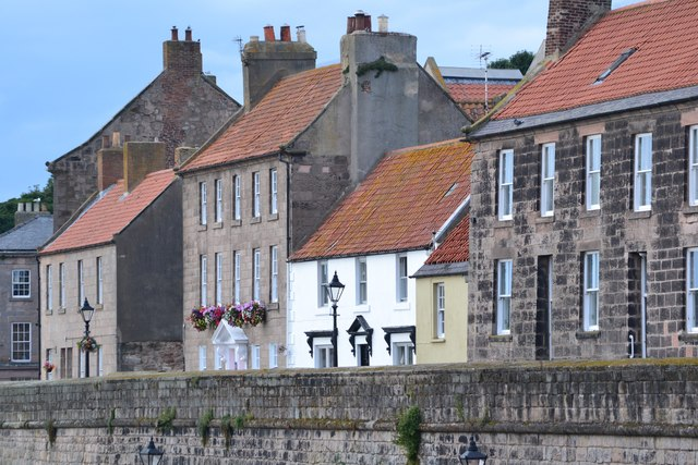 Houses overlooking the town wall, Berwick-upon-Tweed