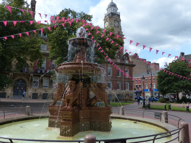 Town Hall Square fountain
