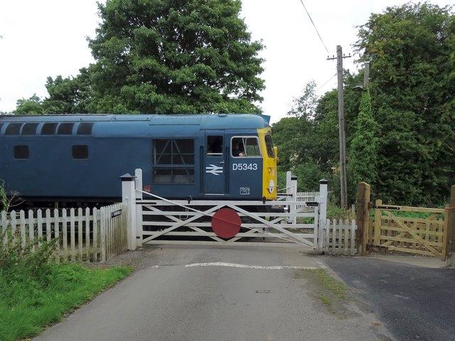 D5343 at Idridgehay level crossing