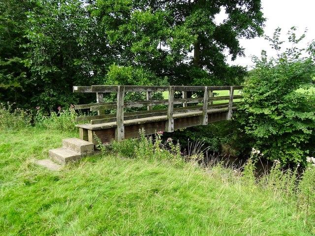 Footbridge over the Ecclesbourne