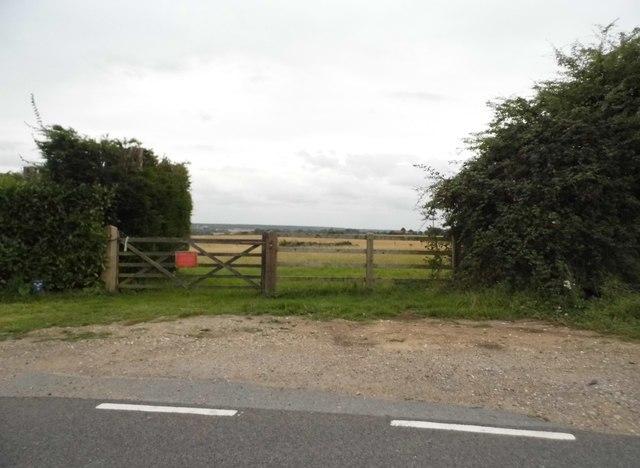 Field entrance on Rye Hill Road