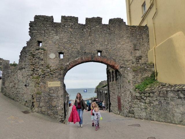 Whitesand Gate, Tenby