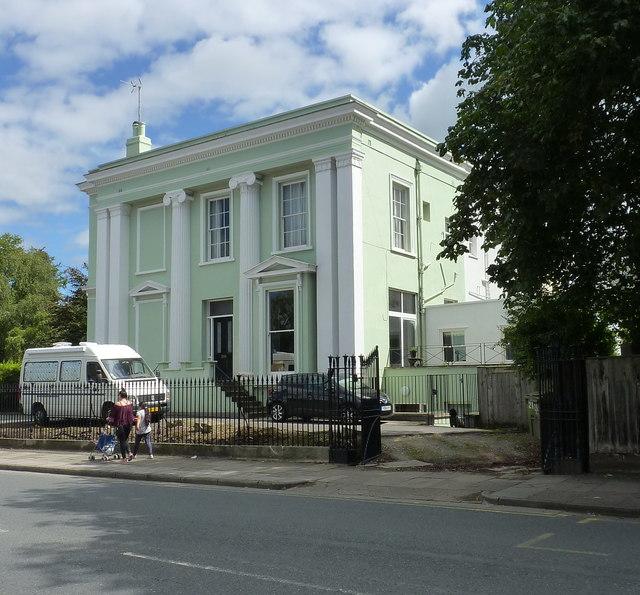Evesham House