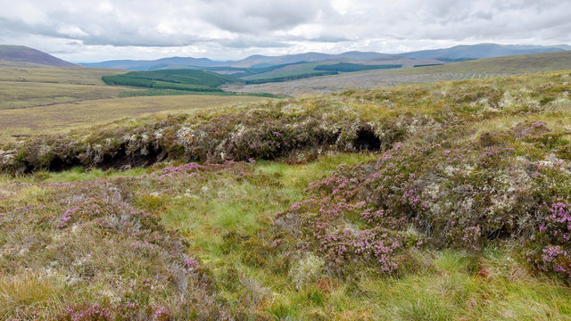On the south-east escarpment of Meall Bhenneit
