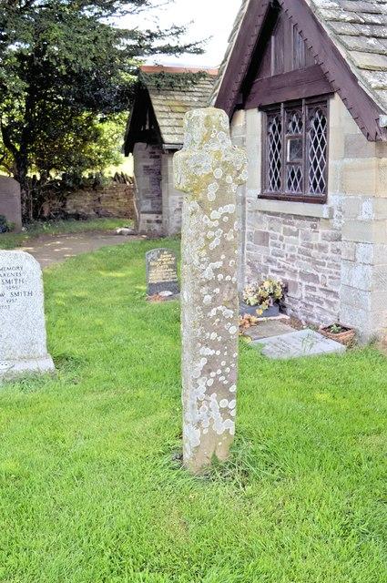 Churchyard cross, Llanveynoe