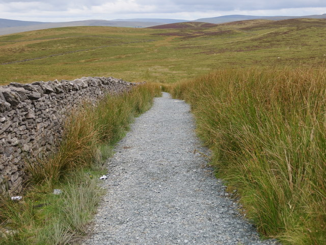 Path used by the Yorkshire Three Peak route crossing Whitber Hill