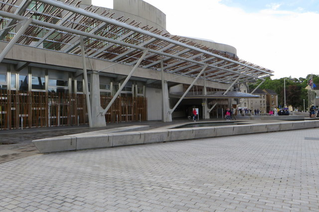 Water feature in front of the Scottish Parliament Building