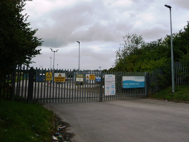 Entrance to Severn Trent Water's sewage treatment works