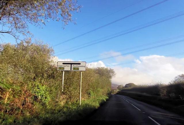 B4411 approaching Glan-Dwyfach junction