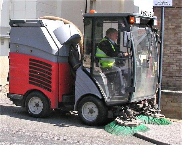 Mechanical street sweeper, Holmesdale Gardens, Hastings