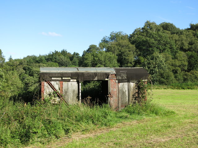 Old railway goods van east of Dipton Mill (2)