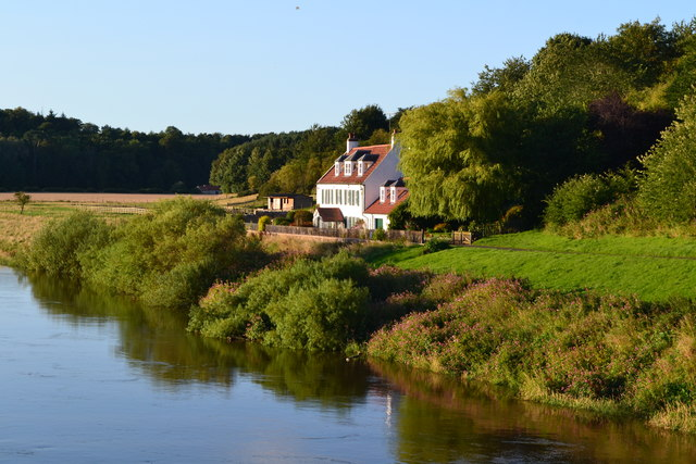 House on the bank of the River Tweed, from Union Bridge