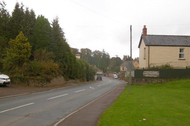 A4136, Staunton