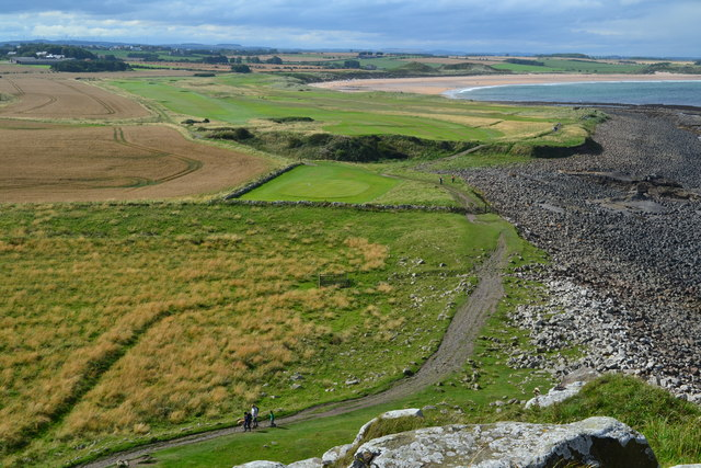 Coast northwest of Dunstanburgh Castle