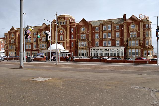 The Cliffs Hotel, Queen's Promenade