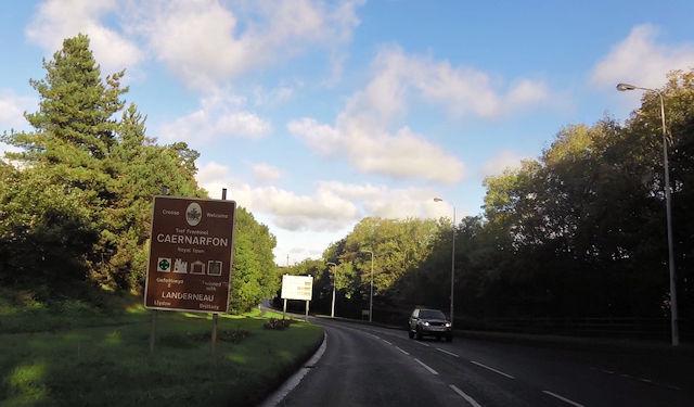 Entering Caernarfon on A487