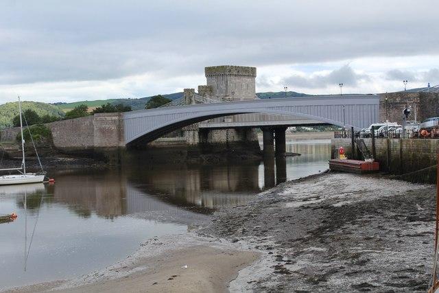 The bridges spanning the Afon Conwy