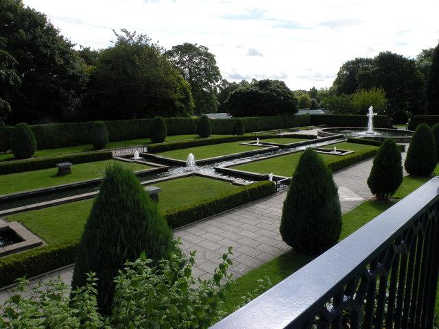 Mughal Gardens, Lister Park