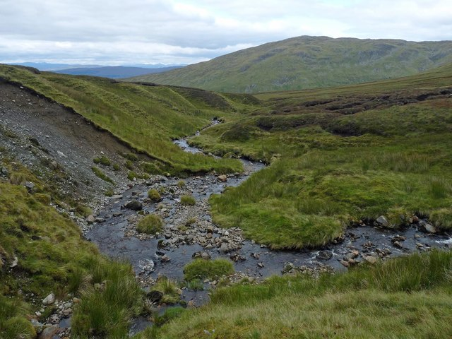Confluence of burns, Coire na Cèire, Inverness-shire