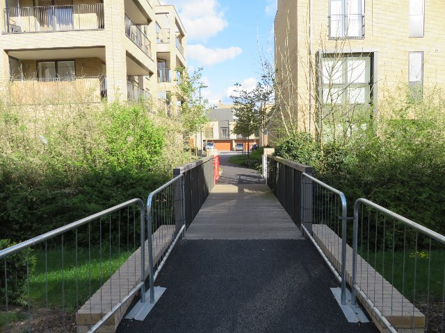 Footbridge to Forbes Close