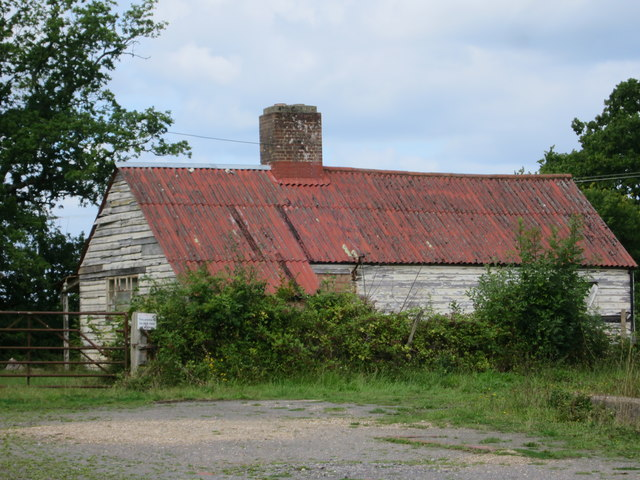 Vacant building by Quarry Farm