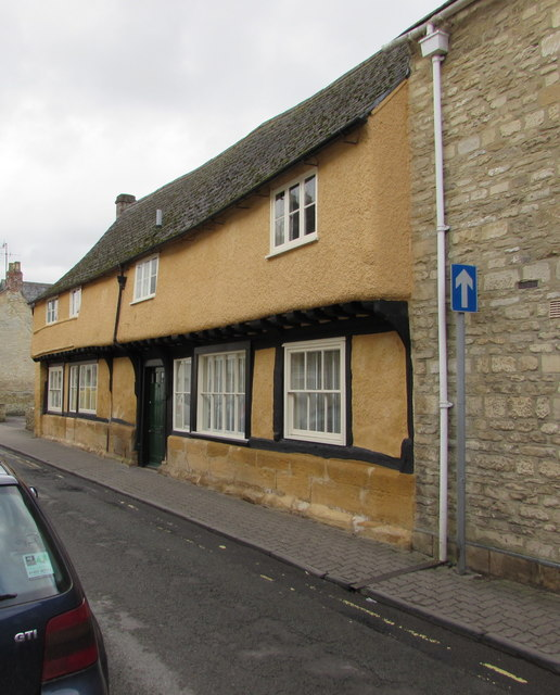 Grade II (star) listed number 33 Gloucester Street, Cirencester