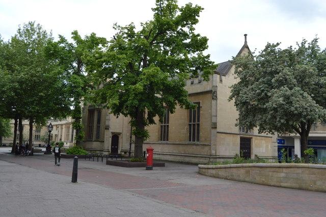 Façade of former Bedford Modern School