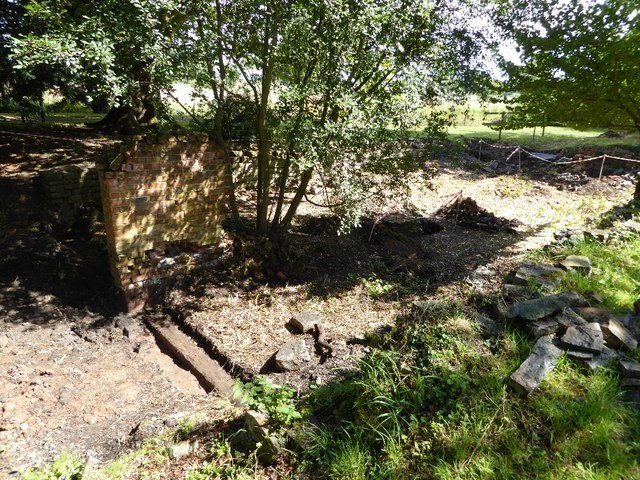 Remains of the boathouse, Croome Park #4
