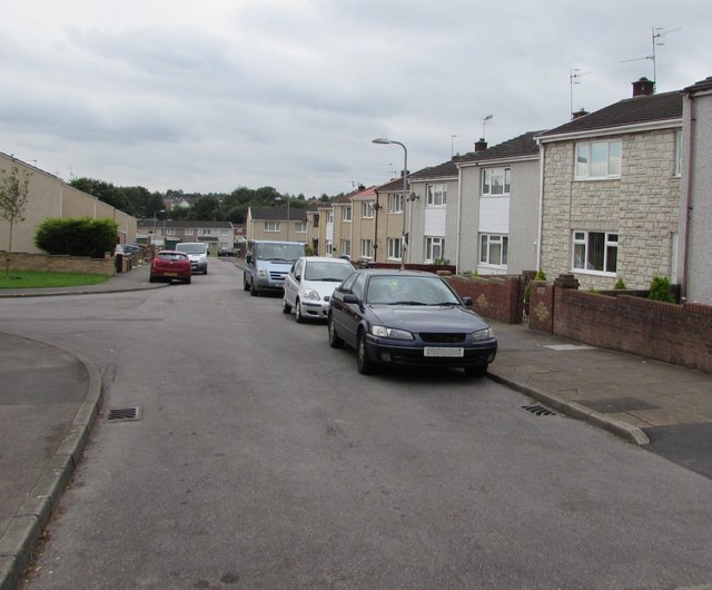 South along Radnor Way, Southville, Cwmbran