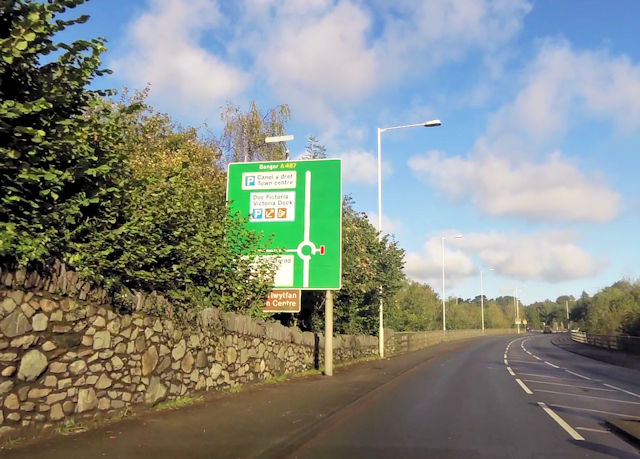 A487 approaching Afon Seiont crossing