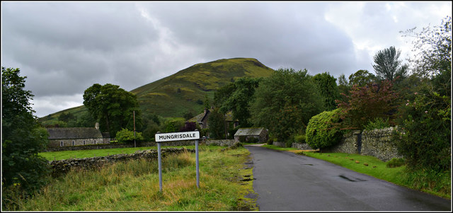Road into Mungrisdale.