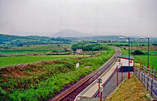 Llandanwg station, 2001