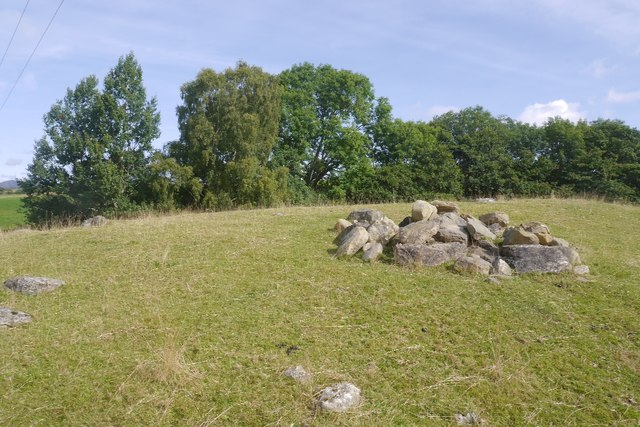 Clearance cairn, Milton of Pitgur