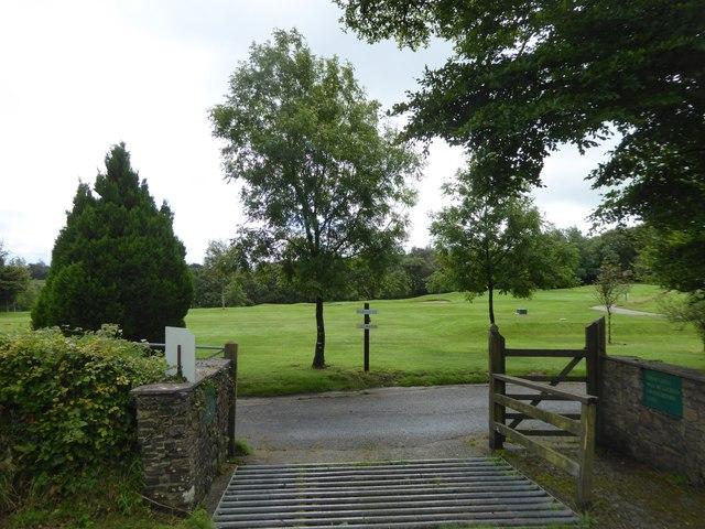 Golfers' access to a road crossing, Ashbury Golf Club