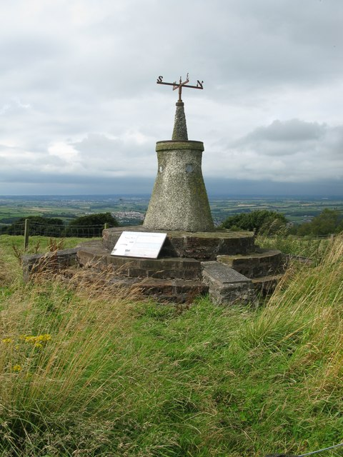 Gallow Law Cairn, south of Newmilns