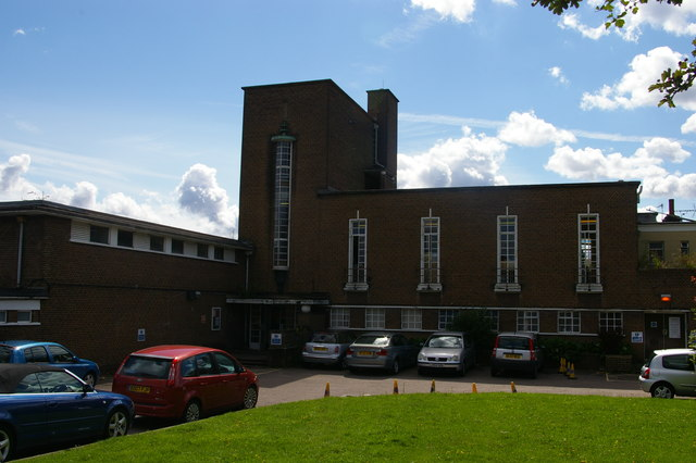 Bowes Road Library, N11