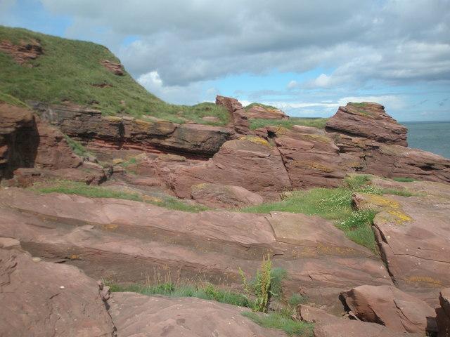 Dipping strata near the Deil's Heid, Seaton Cliffs, Arbroath