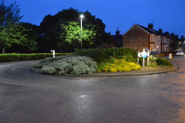 Roundabout, Foster Hill Rd
