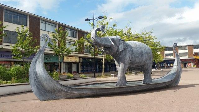 Elephant in a longboat, Kirkby