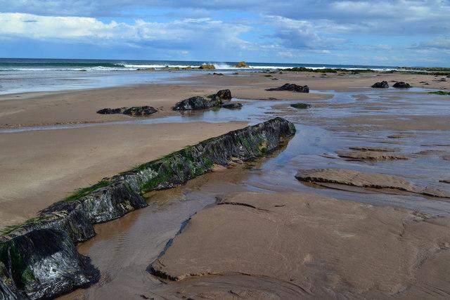 Rocks on the beach near Bear's Head