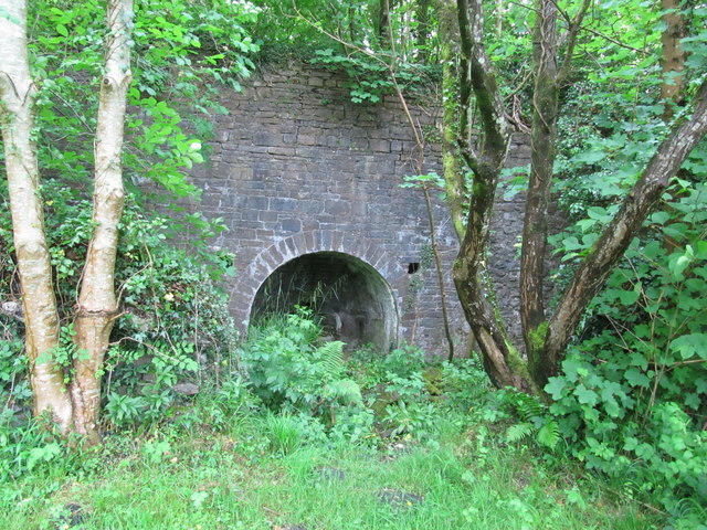 Lime Kiln near Maesgwyn Lock