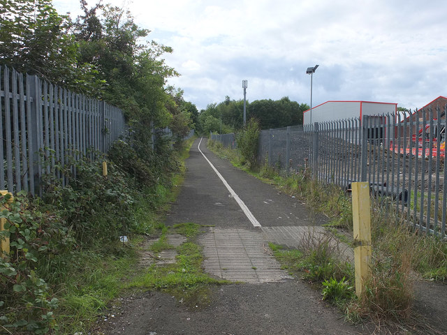 Path from Ravenhead Road to Alexandra Colliery