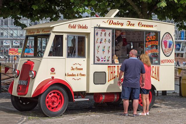 Ice Cream Van - Canning Dock - August 2017
