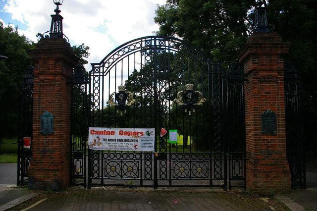 Gates to Arnos Park
