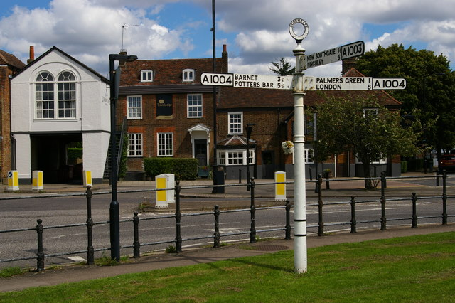 Southgate Green, with pre-Worboys direction sign