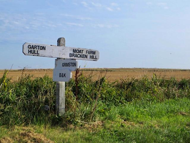 Road sign, Grimston