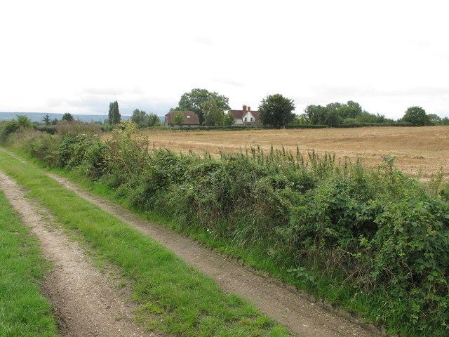 Track and houses near Manor Farm Sydenham